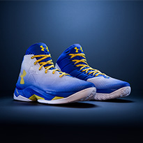 Dunk like Stephen Curry in the UA Curry 2.5 Basketball Shoe