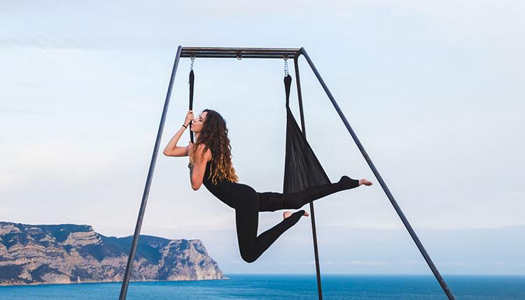 Yoga_swing