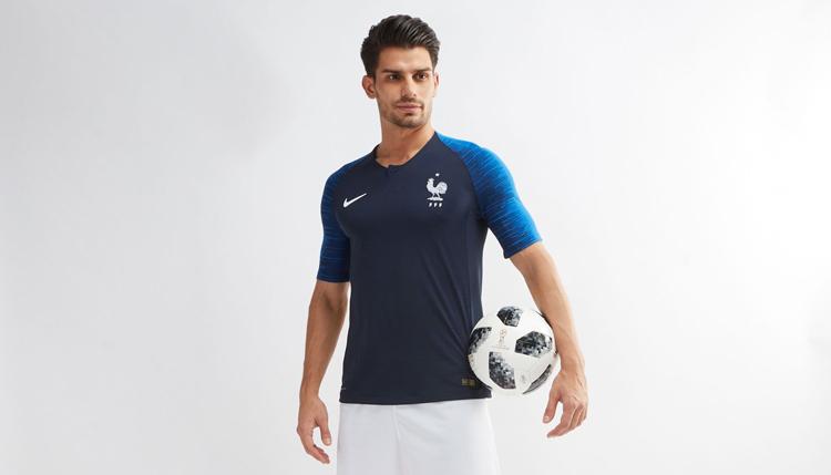 صاحت الديوك: كأس العالم 2018 فرنسية!