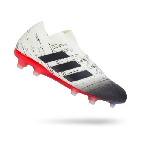 احذية كرة قدم للرجال, الرياض، جدة، السعودية