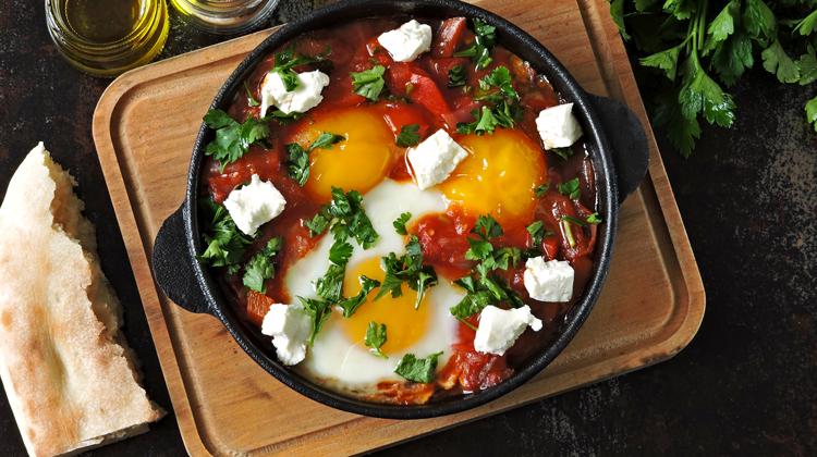 Shakshuka with Cheese - Healthy Suhoor Recipes for This Ramadan